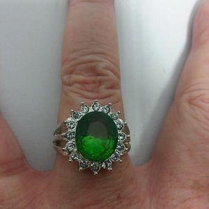 Jewelry - Emerald CZ Ring